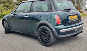 Mini One uit 2002 met 163312 km. full
