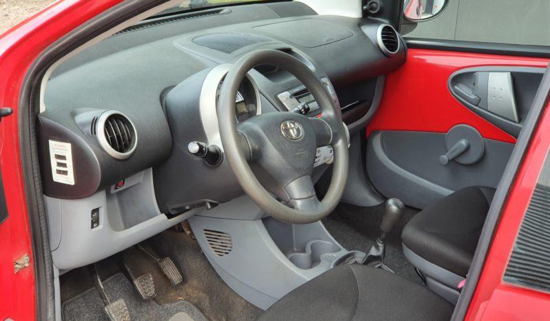 *verkocht* Toyota Aygo 2010 met 188500 km, APK, NAP full